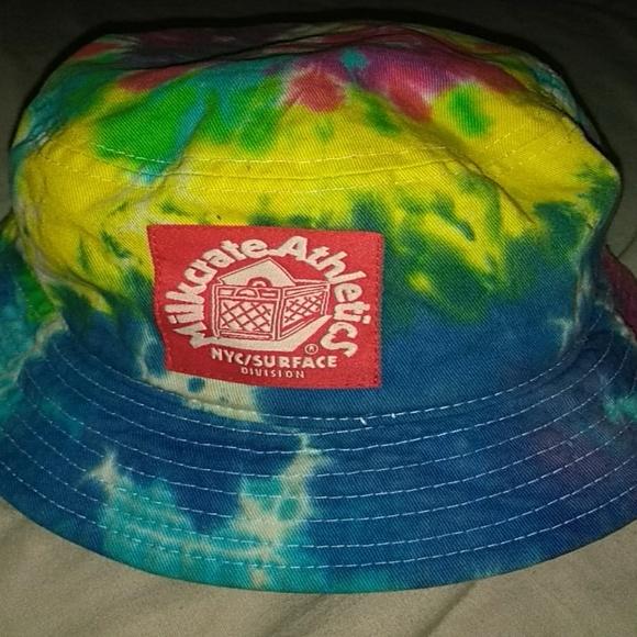ce24ad5f8 Bucket Hat